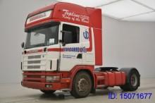 cabeza tractora productos peligrosos / adr Scania usada