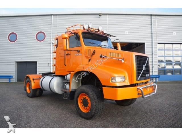 tracteur volvo standard nl10 320 4x4 hydraulics 4x4 gazoil. Black Bedroom Furniture Sets. Home Design Ideas