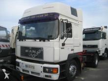 tracteur MAN F2000 19.403