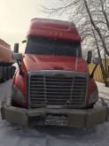 ciągnik siodłowy Freightliner powypadkowy
