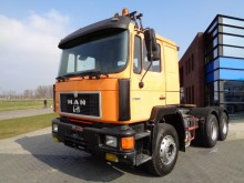 MAN TGA 26.372 6x4 / Manual / Full Steel tractor unit