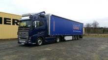 trattore Volvo F16 750