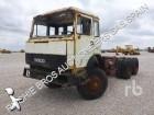 cabeza tractora Iveco 330.26