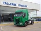 cabeza tractora productos peligrosos / adr Iveco usada