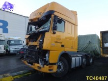 tracteur DAF accidenté