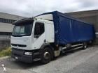 trattore Renault Premium 260