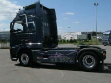 trattore Volvo F16 550