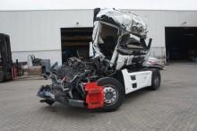 ciągnik siodłowy Mercedes powypadkowy