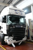 cabeza tractora Scania accidentada