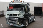 trattore Volvo incidentato