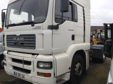 MAN TG 18.390 tractor unit
