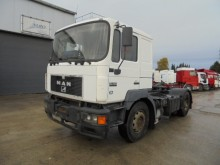 cabeza tractora MAN 19.403 (F 2000 / 6 CYLINDER / BIG AXLES)