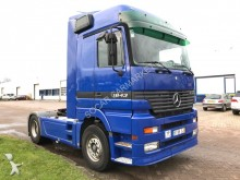 tracteur Mercedes Actros 1843 three pendals