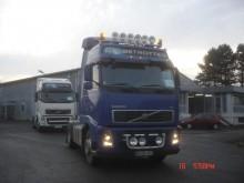 trattore Volvo FH13 520