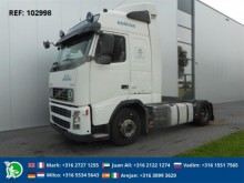 Volvo FH12.420 MANUAL GLOBETROTTER EURO 3 tractor unit