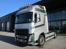 cabeza tractora Volvo FH 540 RETARDER +FULL OPTION