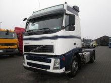 Volvo FH 400 Globetrotter tractor unit