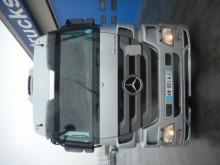 tracteur surbaissé Mercedes