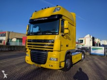 DAF XF105-410 4x2 SuperSpaceCab Euro5 Retarder TOP-c tractor unit