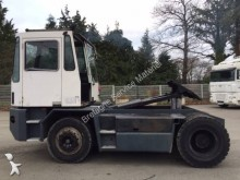 Isuzu low bed tractor unit