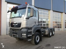 MAN TGS 33.440 6x6 Manual Kiphydraulic tractor unit