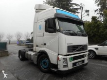 Volvo low bed tractor unit