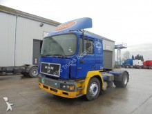 tracteur MAN 19.403 ( F 2000 / 6 CYLINDER)