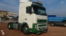 cabeza tractora Volvo FH13 400