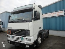 Volvo FH12-420 GLOBETROTTER (MANUAL GEARBOX / ADR-VLG tractor unit