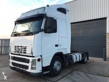 Volvo FH13 440 Manual - Airco - 2 Tanks tractor unit