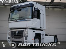 trattore Renault
