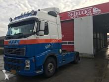Volvo FH400 tractor unit