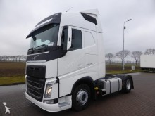 Volvo FH 460 EURO 6 2X TANK tractor unit