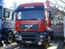 trattore MAN TGA 18.440