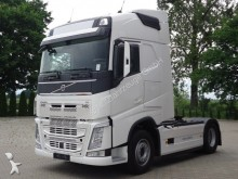Volvo FH12 Sattelzugmaschine 460 4x2 EURO6 SZM UNFALL tractor unit