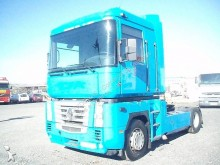 trattore Renault AE 400