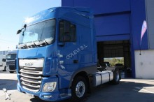used DAF low bed tractor unit