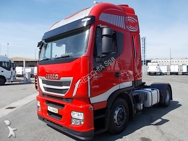 Voir les photos Tracteur Iveco Stralis AS440S46 HI WAY