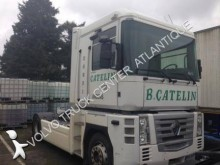 Renault AE 460 DXI tractor unit