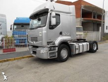 used Renault tractor unit
