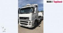 Volvo FH42 tractor unit