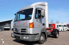 used Nissan tractor unit