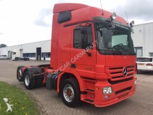 Mercedes 2544 EPS THREE PEDALS tractor unit