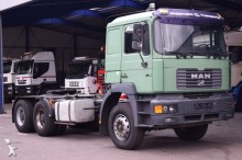 MAN 27.464 / 6x4 / Steel springs / Retarder / Euro 2 tractor unit