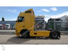 Volvo FH 12/420 MANUAL GEARBOX GLOBETROTTER tractor unit