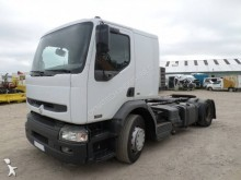 damaged Renault low bed tractor unit