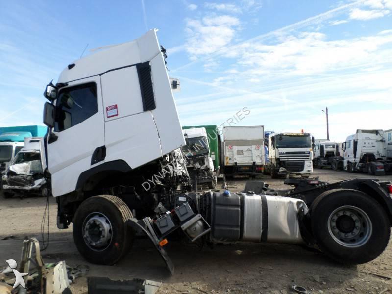 Tracteur renault standard gamme t 460 gazoil euro 6 for Renault gamme t interieur