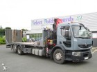 used Renault heavy equipment transport truck