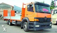 camion piattaforma standard Mercedes usato