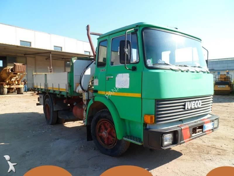 Camion fiat ribaltabile trilaterale 110 4x2 euro 6 gru - Portata massima camion italia ...